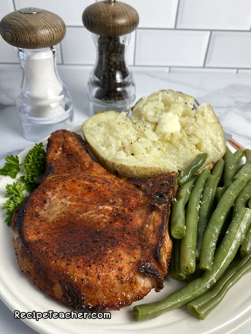 Recipe for oven baked bone in pork chops