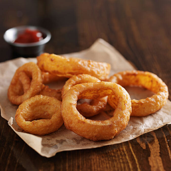 how to make beer battered onion rings recipeteacher. Black Bedroom Furniture Sets. Home Design Ideas