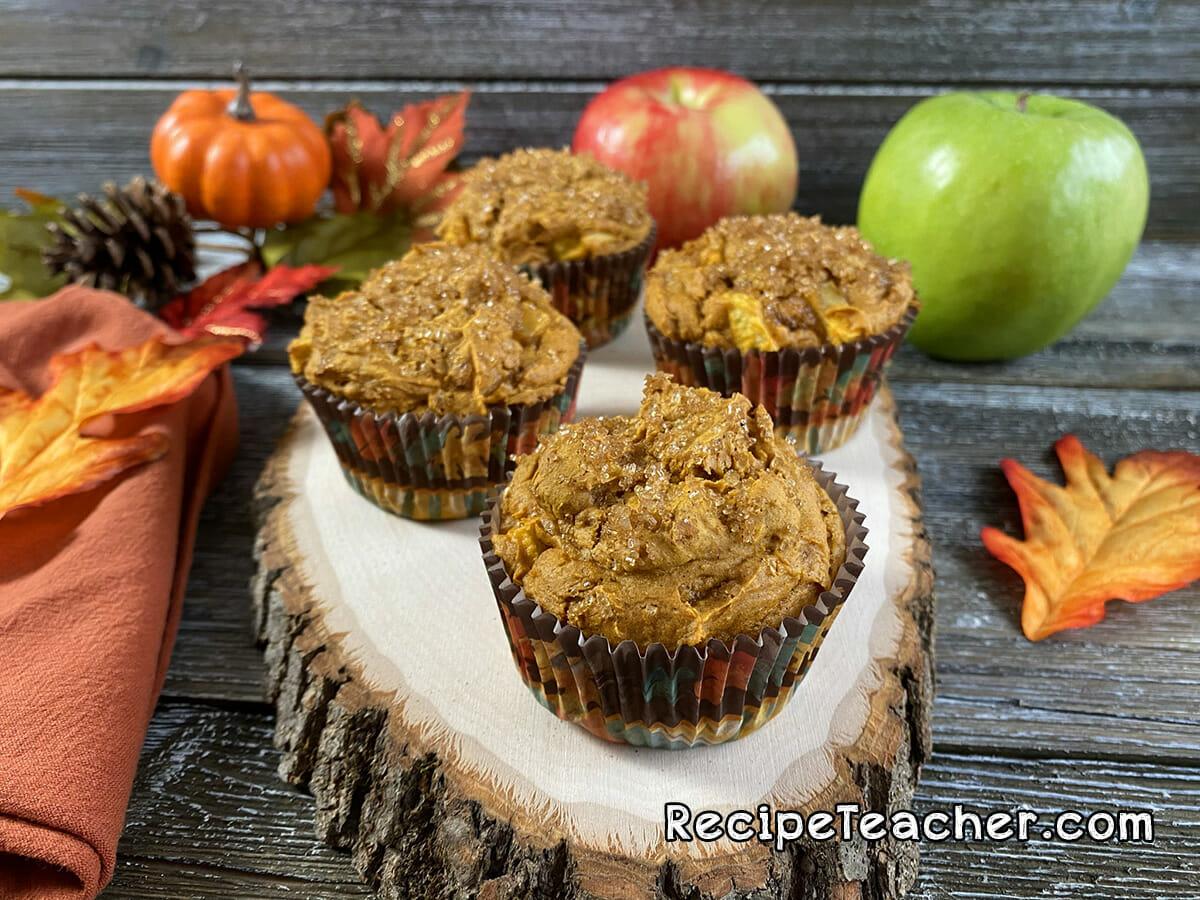 Easy recipe for pumpkin spice muffins