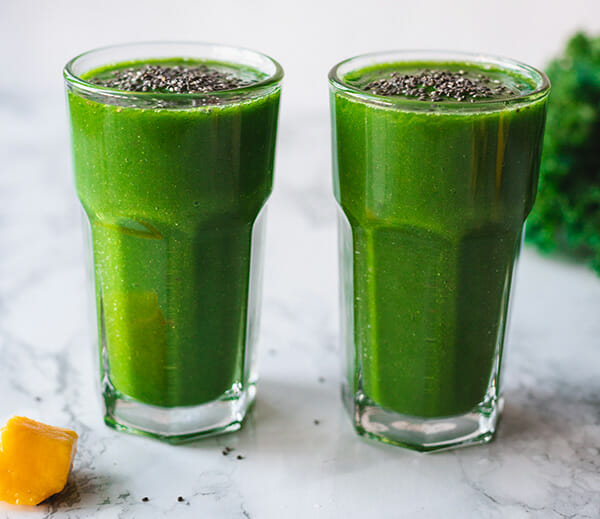 A recipe for a healthy green breakfast smoothie