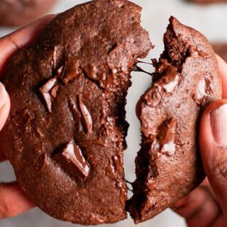 Recipe for chocolate fudge cookies