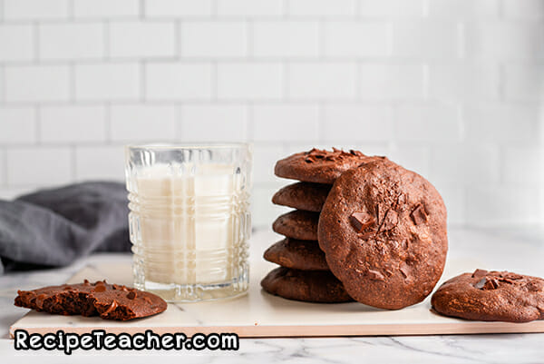 Recipe for chocolate fudge cookies.
