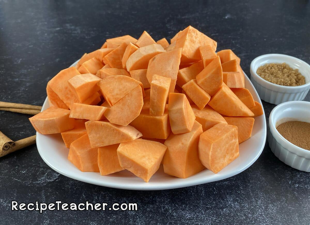 Recipe for sweet roasted sweet potatoes.